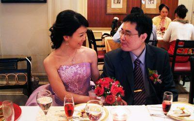 小型婚宴的幸福讚禮